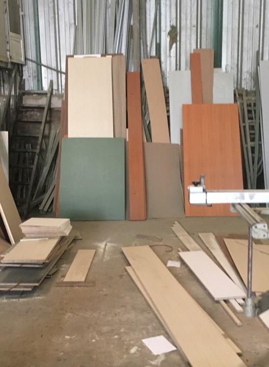 vách ngăn di dộng, vách ngăn vệ sinh, vách ngăn văn phòng, vách ngăn di động gỗ, vách ngăn di động kính...